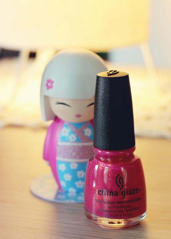 2-strawberry-fields-chiina-glaze