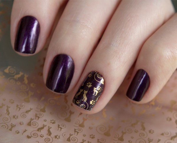 2-esmalte-do-dia-royal-purple-beauty-color-black-tie-