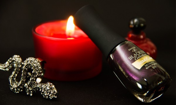 5-esmalte-do-dia-royal-purple-beauty-color-black-tie-